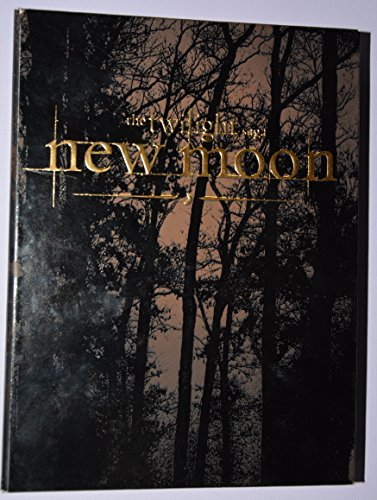 Twilight New Moon Pattinson Stewart Two Disc DVD Gift Set W Charm Necklace