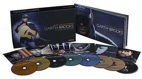 Garth Brooks Blame It All On My Roots 6cd 2dvd Booklet