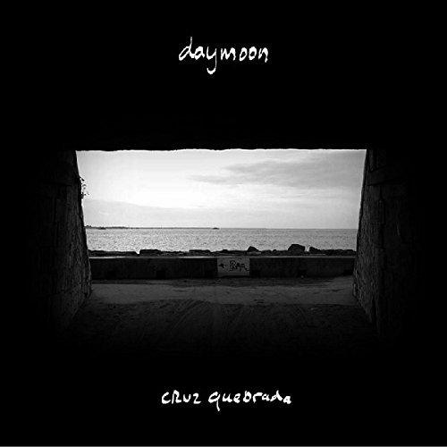 DAYMOON/Cruz Quebrada