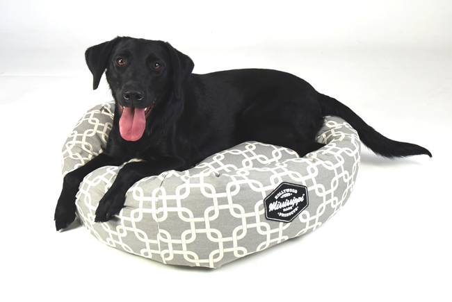 hollywood-feed-mississippi-made-donut-dog-bed-grey-lattice