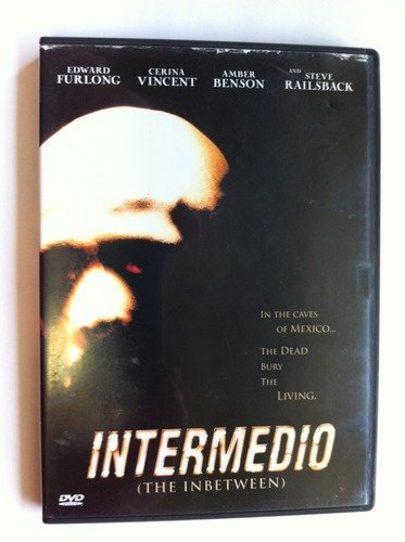 Intermedio (the In Between) Intermedio (the In Between) Intermedio (the In Between)