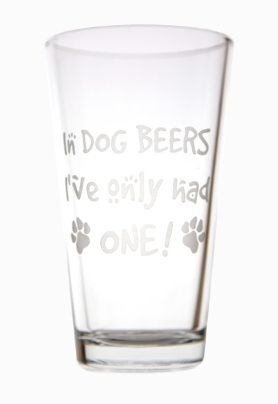 hollywood-feed-pint-glass-in-dog-beers