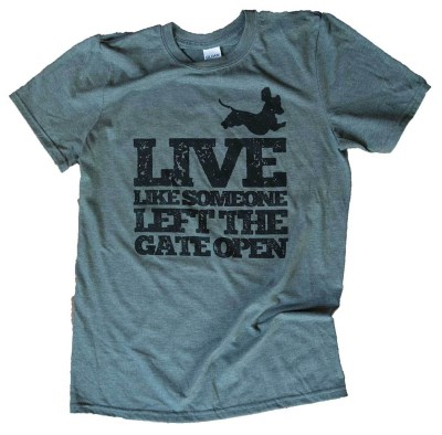 hollywood-feed-t-shirt-live-like-someone-left-the-gate-open