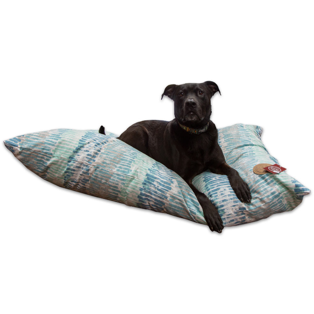 hollywood-feed-mississippi-cut-sewn-pillow-dog-bed