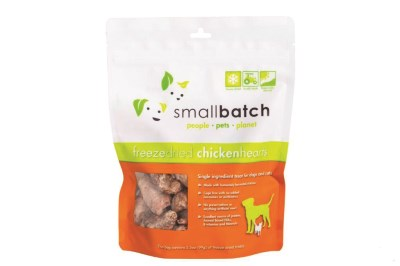small-batch-dog-treats-freeze-dried-chicken-hearts